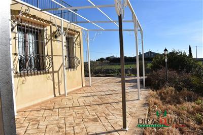 4657841_vendita-villa-ragusa-rif-0vv2-contrada-buttino-villa-singola-e-terreno-0.JPG