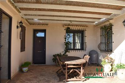 4657841_vendita-villa-ragusa-rif-0vv2-contrada-buttino-villa-singola-e-terreno.JPG